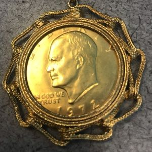 Dwight D Eisenhower - Collectible on chain 1972